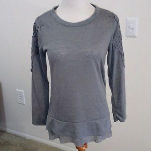 BB Jeans shirt gray,size L. Cute shirt